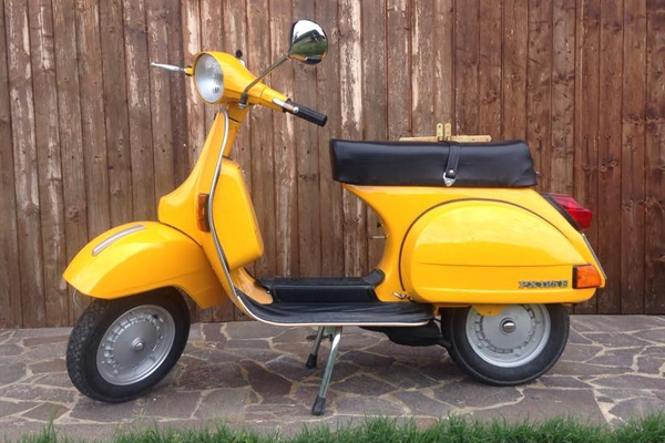 PX-125-E-1982-Vintage-tours-toscana-vespatour-in-tuscany